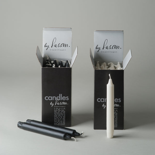 The Kubus candles in black and white for the By Lassen Kubus candleholder