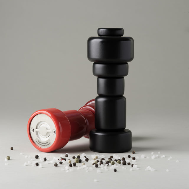 Plus salt & pepper mills