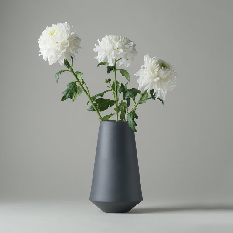 Sculpt Well vase