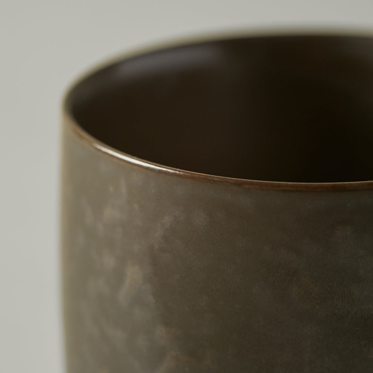 Thermo cup dark glazed