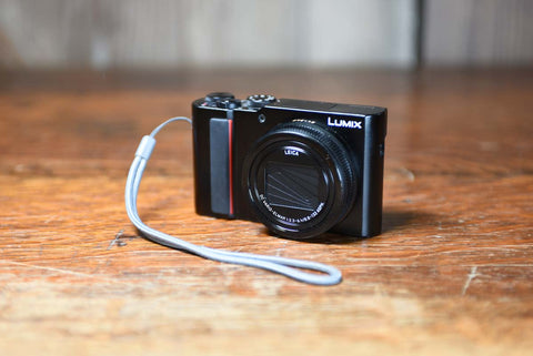 Panasonic Lumix DC-ZS200K Camera