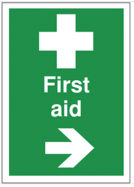 First aid signs with arrow pointing right SSW0189