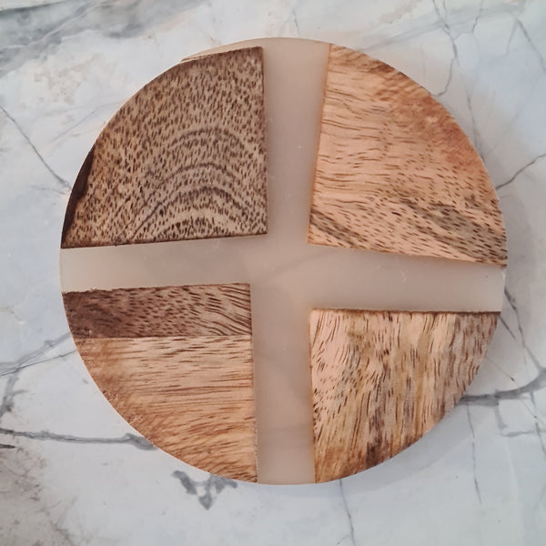 Set of 4 Wood and Resin Coaster