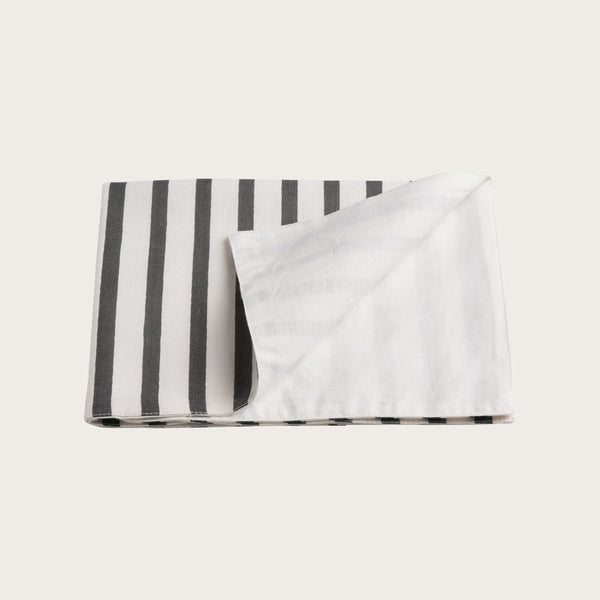 Quincy Linen Placemat in White Navy Stripe
