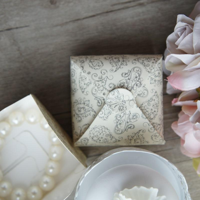 Vintage Flower Pattern Paper Box