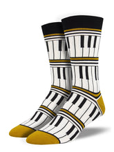 Men's Bamboo Piano Stripe Socks - Gold