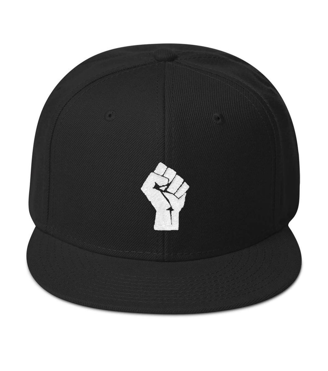 Black/White Resist Snaback