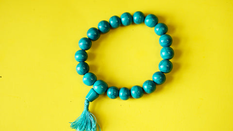 Stretchable Green Stone with Silver Spacers Wrist Mala.