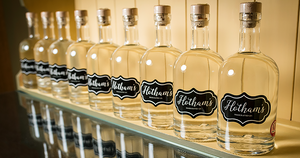 Hotham's Hull's First Gin