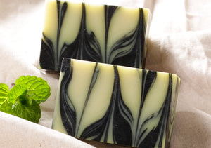 Marbled Charcoal Goats Milk and Shea Butter Melt and Pour Soap Tutorial