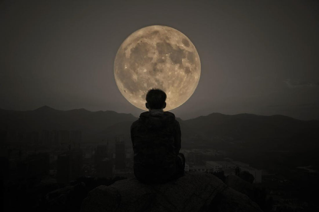 The Last Full Moon of the Decade - What does it mean?