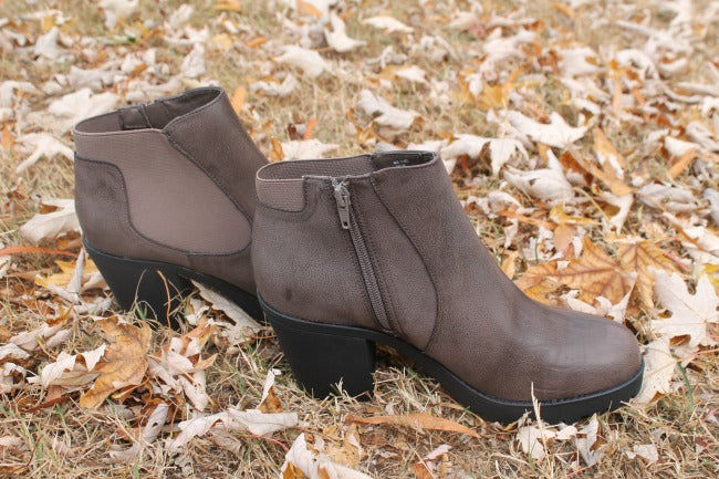 Camtrade Shoes and Boots Featured in Holiday Gift Guides