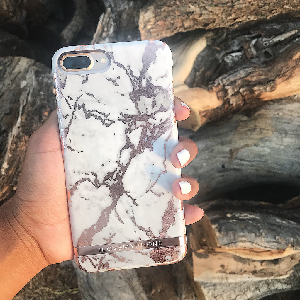 "Protects your phone from scratches and bumps.  Gold Banner: ""ILOVEMYPHONE"" This case does not cover the top or bottom rim of your iPhone - only the side rims. 