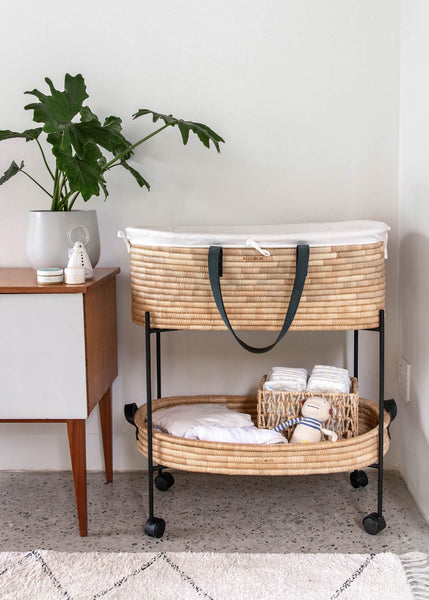 Moses Basket Ko-coon Timeless - Black Leather handles (2 weeks dispatch lead time)