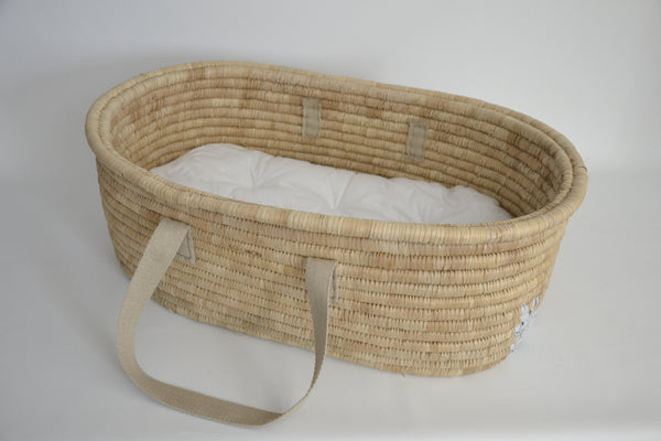 KO-COON Bunny Tail Moses basket - two snowy bunnies