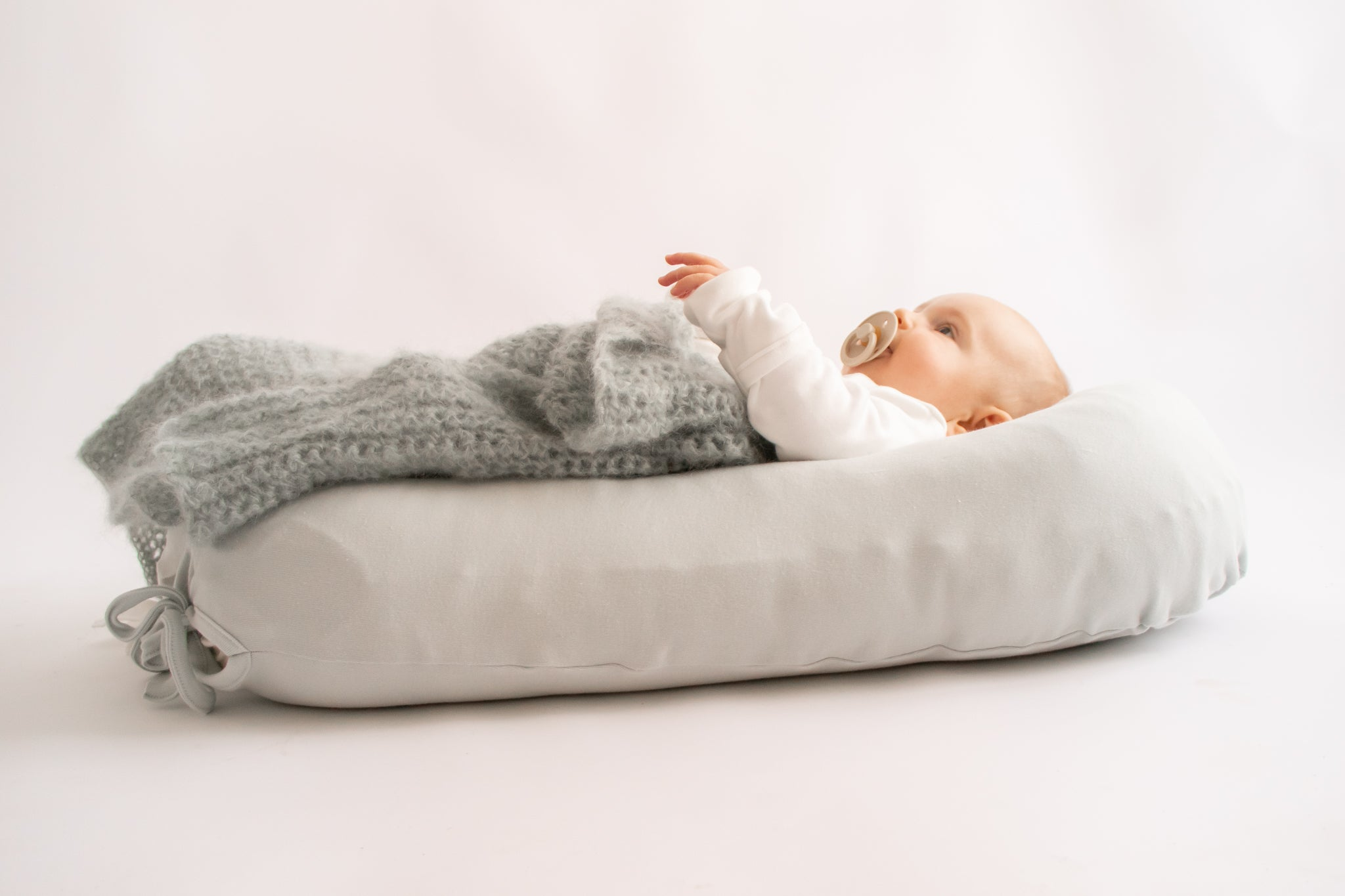 Merino Wool Nesting Pod 3-in-1 with Sea Foam cotton covers (lead time 2-3 weeks)