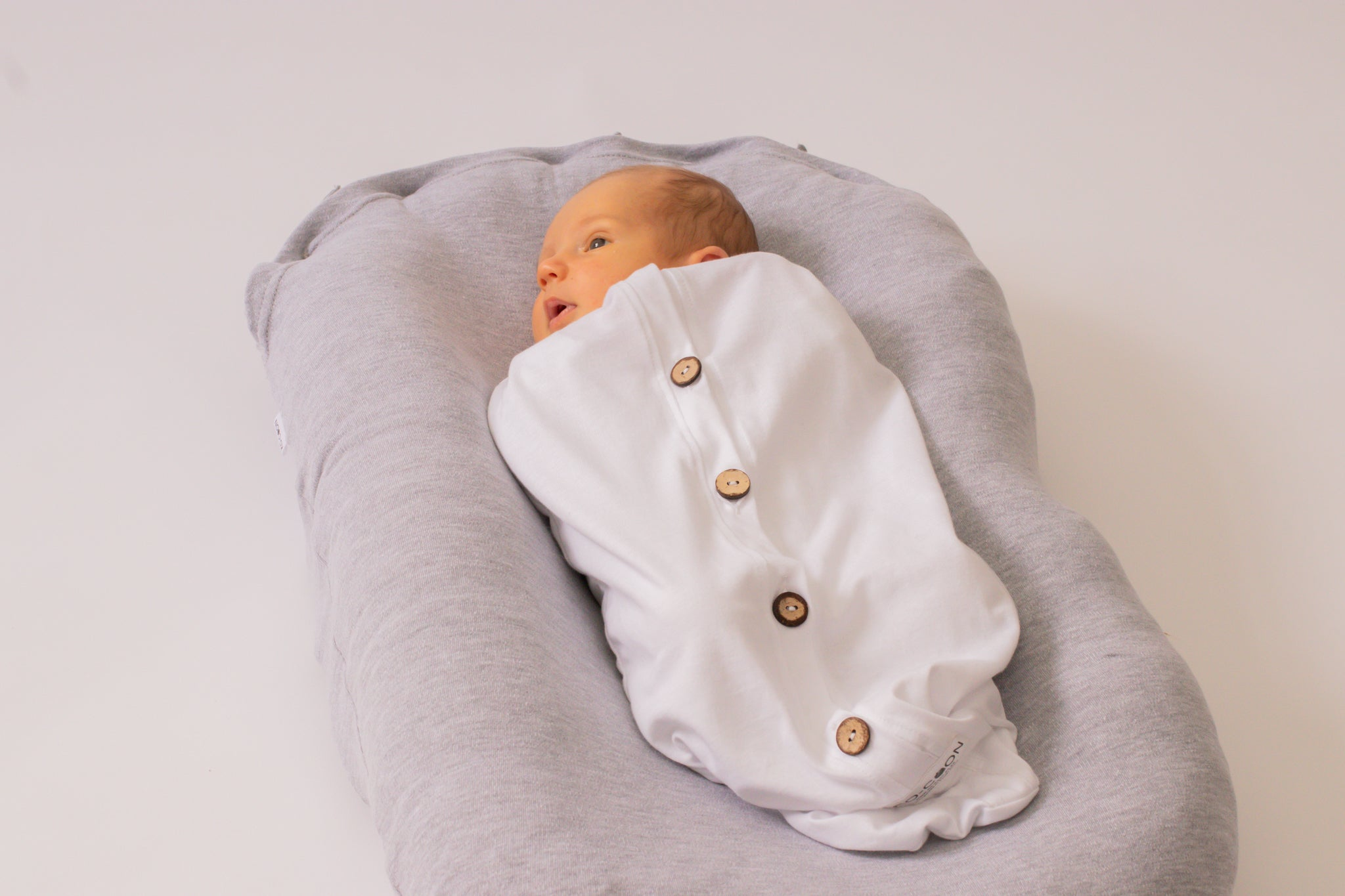 Cocoon Swaddle - Cotton (with buttons) WHITE