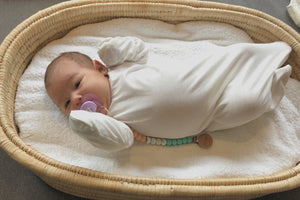Sleeping knotted gown with cuff mittens - Cotton (newborn - almost 12 m)