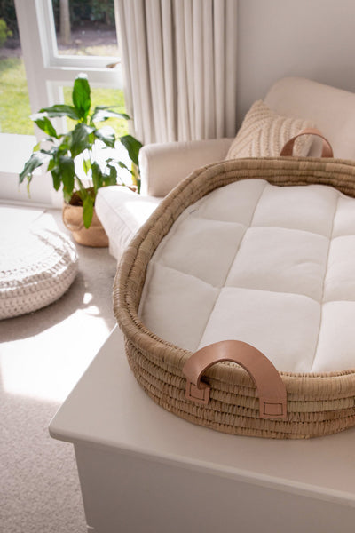 Changing basket Timeless collection - LEATHER handles - with cotton changing mat (45X75cm)
