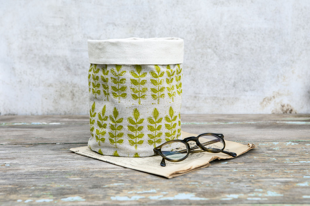 Sam Wilson Studio Green Leaf Linen Pot Bag