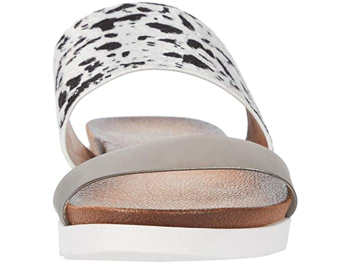 Coastline Pony Sandal from Dirty Laundry by Chinese Laundry