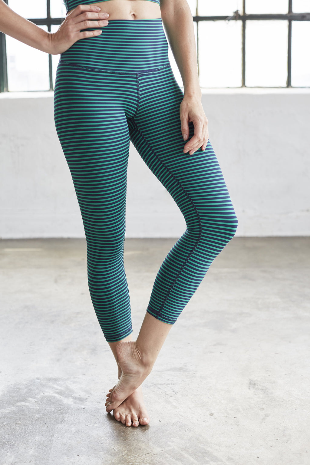DYI Navy+Ivy Crop Legging