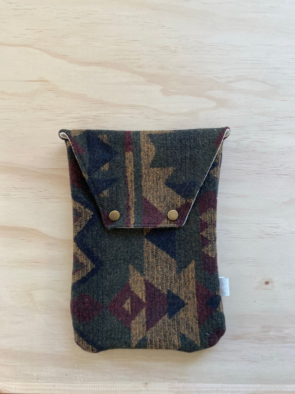 Earth Aztec  - Adventure Clutch