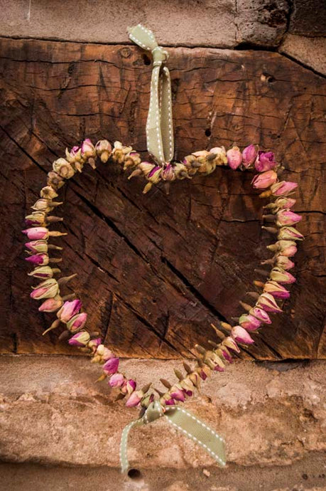 Dried Rosebud Heart