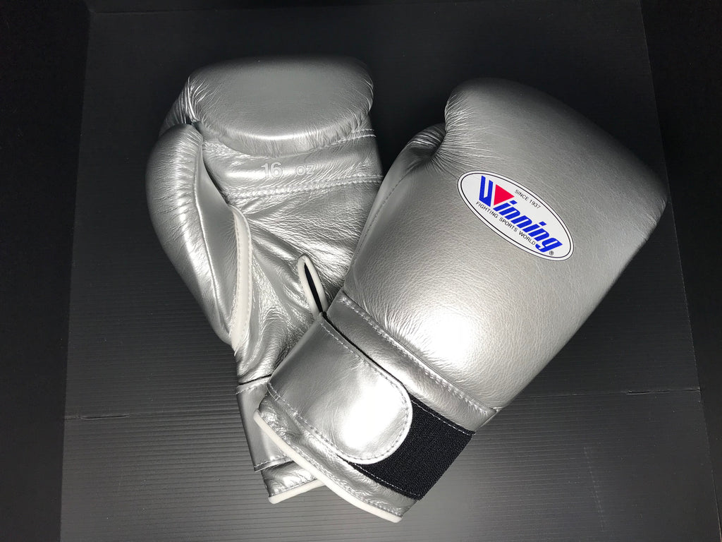 Winning Boxing gloves Professional Velcro tape type 16oz