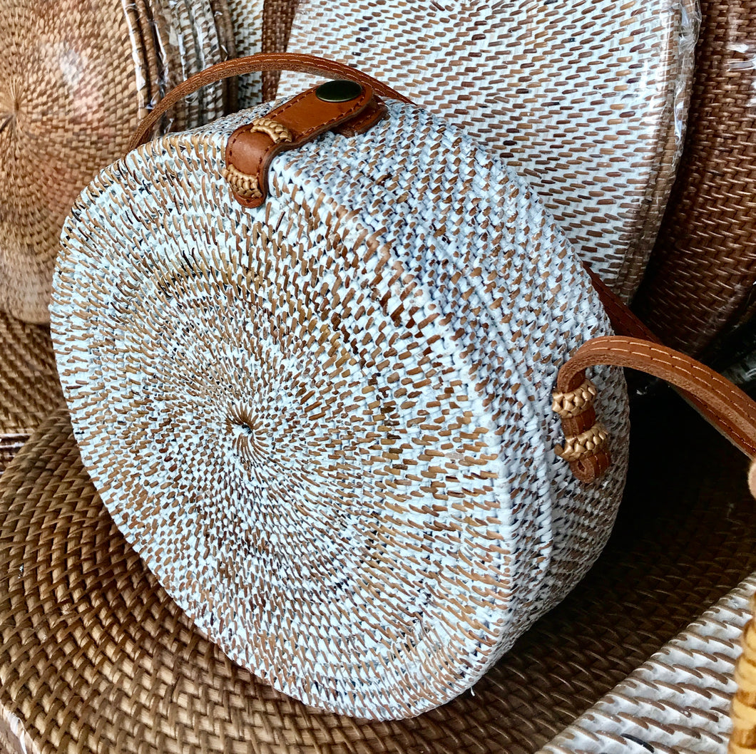 White round bag, circle straw bag, rattan bag, Boho Bag, Handwoven Bag, Leather Strap, Shoulder Bag, Crossbody bag