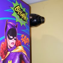 DocQuest Bat-Signal projector Batman 66 Premium Model kit!