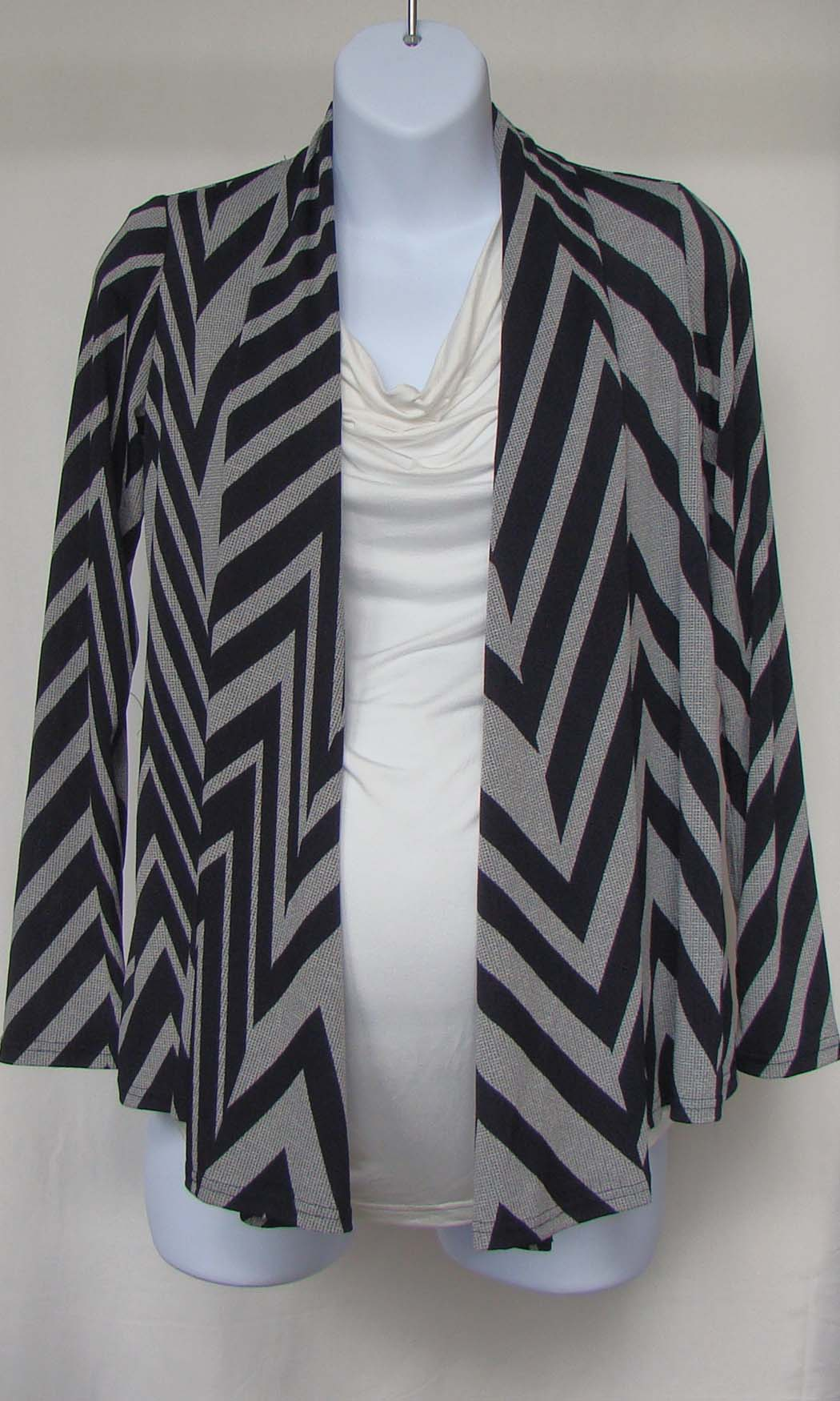 9a9774abbd06a Bellyssima Chevron Cardigan – Nest and Sprout Maternity