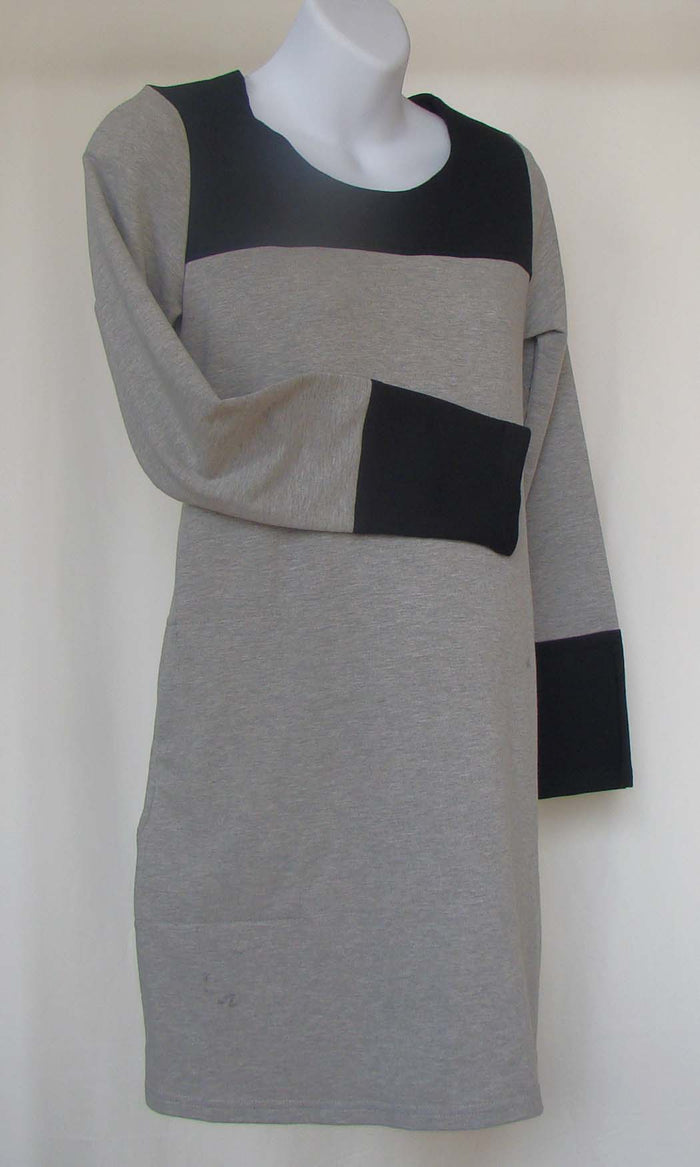 Bellyssima Sweater Tunic with Pockets