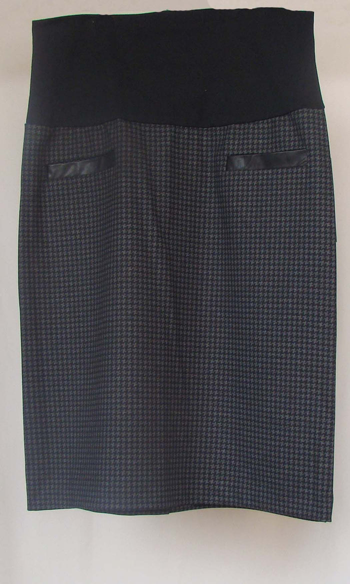 Bellyssima Houndstooth Skirt with Belly Panel