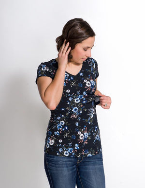 Momzelle 'Winter Floral' T-Shirt