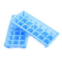 MINI ICE CUBE TRAYS 2PK
