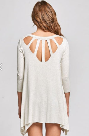 T61664-Oatmeal Cutout Top