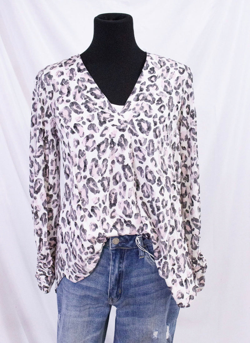 Leopard Print Balloon Sleeve Top