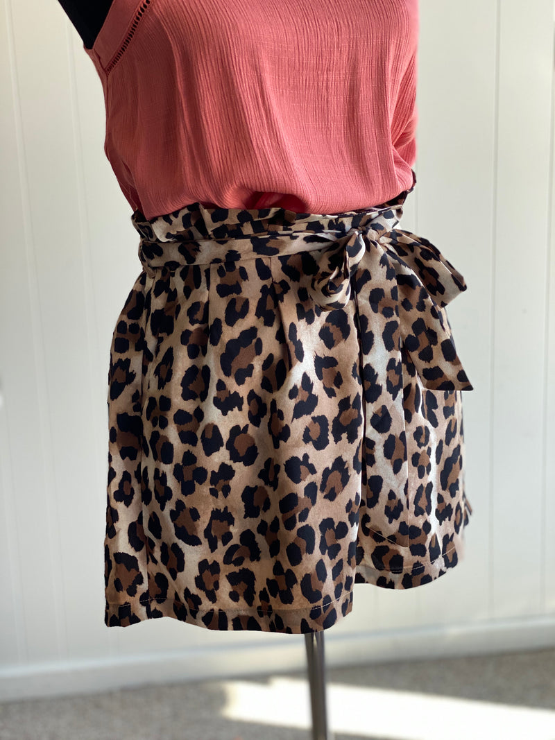 Leopard Print Shorts with Tie Waist