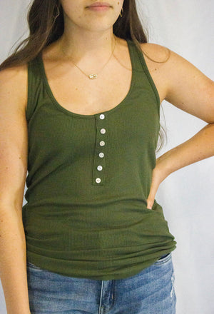 BUTTON RIBBED TANK TOP