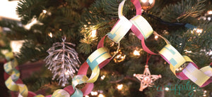 DIY Paper Chains: A Delightful Old-fashioned Tree Trimming