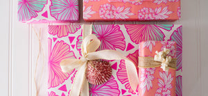 Tropical Dreams - Gift Wrapping with Shells
