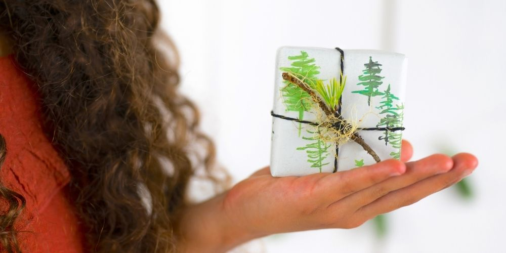Christmas Tree Wrapping paper with Twig & Twine Toppers