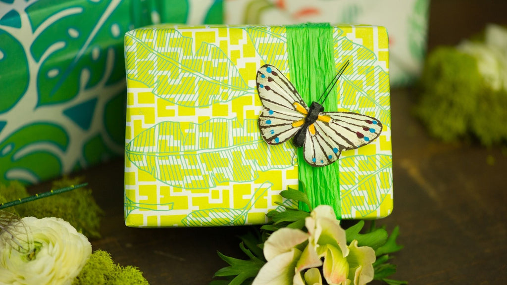 Butterfly Gift Topper - Gift Wrapping Ideas for Kids