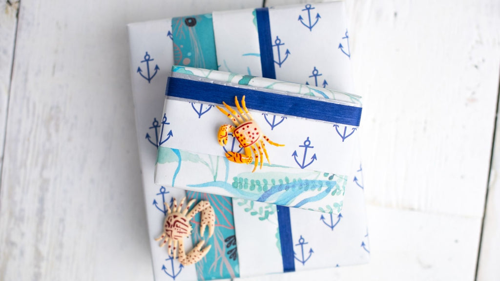 Ocean Theme Gift Wrapping Idea for Kids