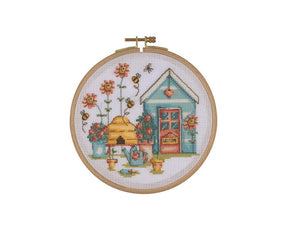 CSB05 HOOPED CROSS STITCH KIT BEE HAPPY