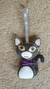 Make Your Own Cute Cat - Felt Kit/ Sewing Kit / Cute Cat / Hand Sewing Kit