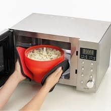 Silicone Microwave Popcorn Maker Red