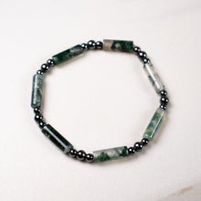 Load image into Gallery viewer, moss agate + hematite stretch bracelet