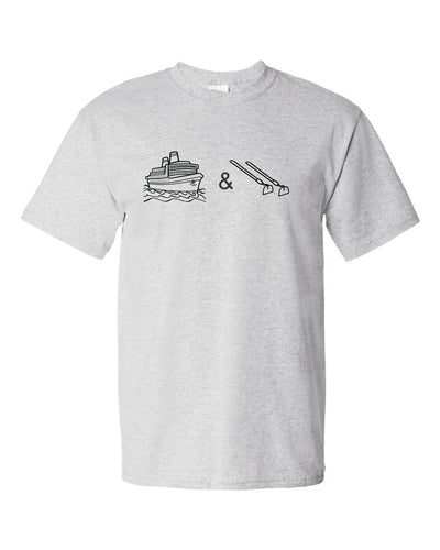 Boats & Hoes tee